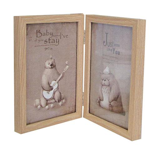 Дървена фото рамка цвят лешник за две вертикални снимки